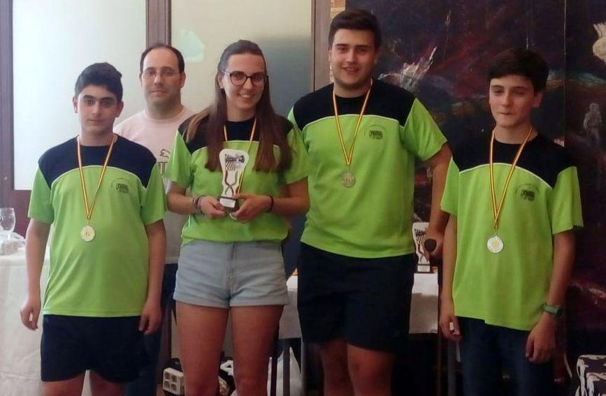 """El equipo Juvenil y el sub-12 """"Nuestro Ajedrez en Europa"""", subcampeones de la provincia de Toledo"""